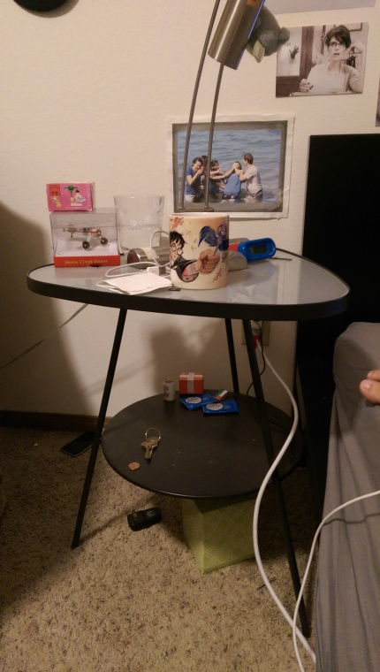 This night stand has a fun design, with a nice middle shelf. Perfect height. Only $5!